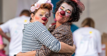 clowns-zhopitaux-clown-a-l-hopital