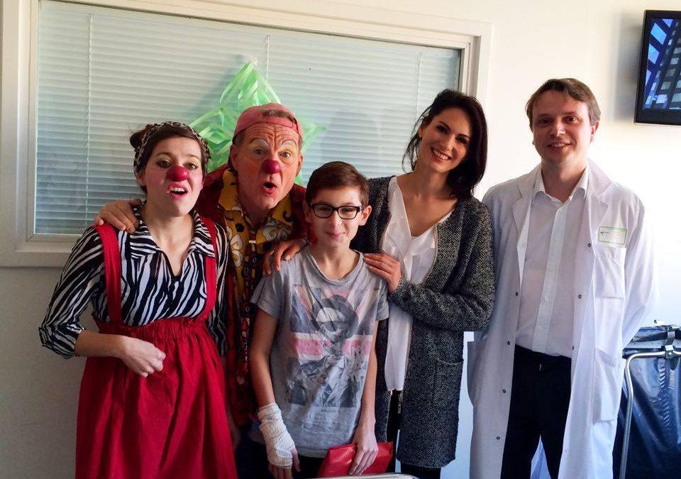 Une Miss France accompagne nos Clowns au CHU de Strasbourg :  rencontre magique et féerique !