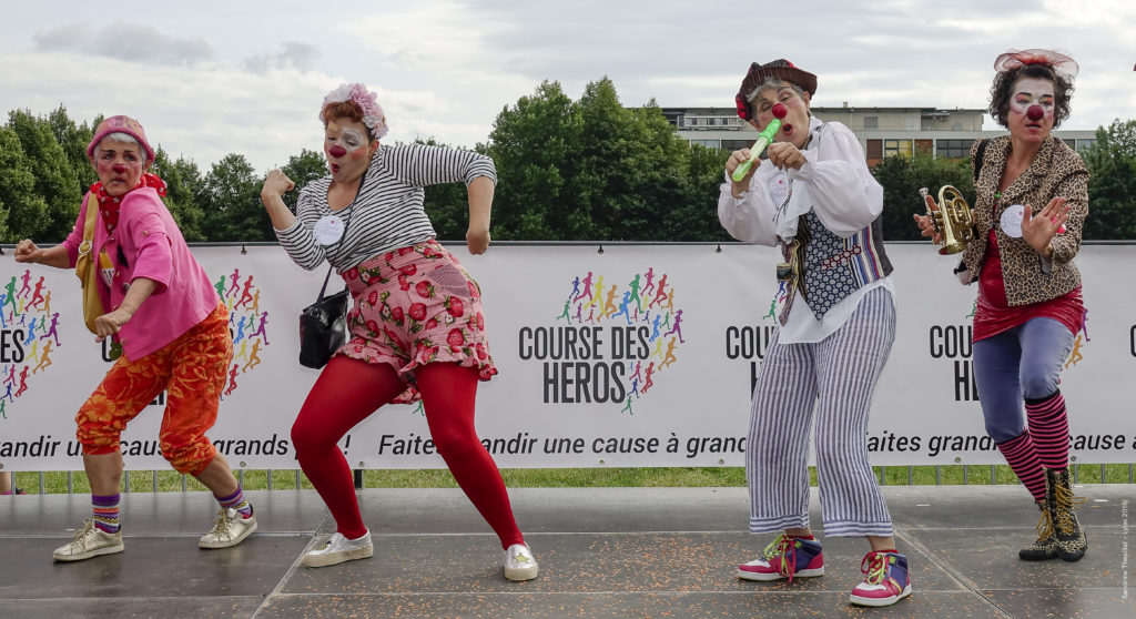 les clowns à la Course des Héros de Lyon